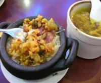 砂锅饭和罐罐鸡.