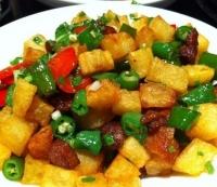 青椒脆哨土豆粒.
